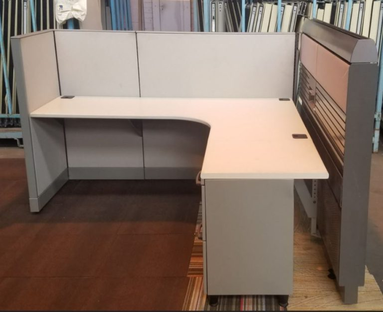 Knoll Currents & Morrison Workstations