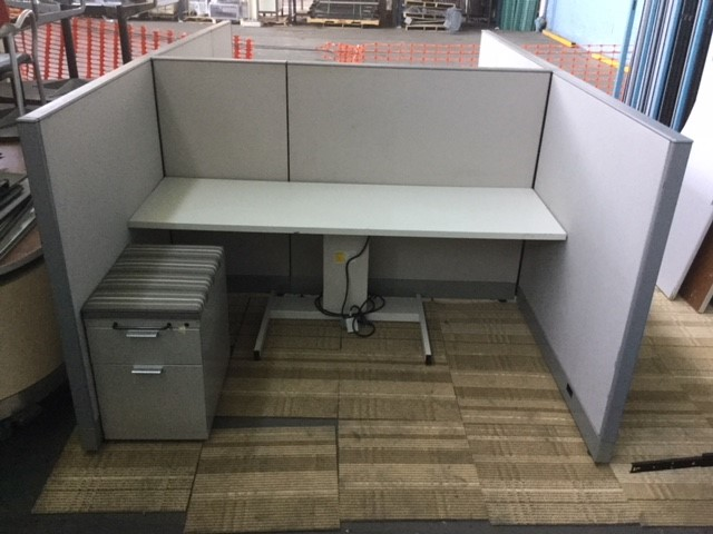 Sit-Stand Table Desk with Knoll Morrison Panels