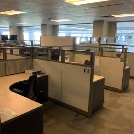 Used Steelcase Answer office furniture